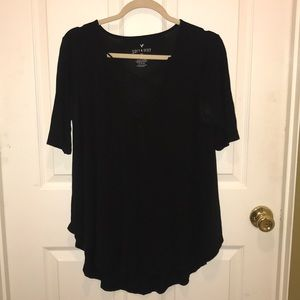 American Eagle black soft and sexy quarter sleeve